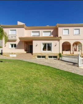 Villa en Puerto Sol