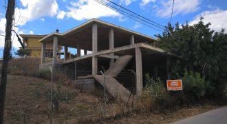 Terreno con estructura en Fuente Alegre