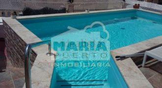 Chalet pareado con piscina en el Puerto de la Torre